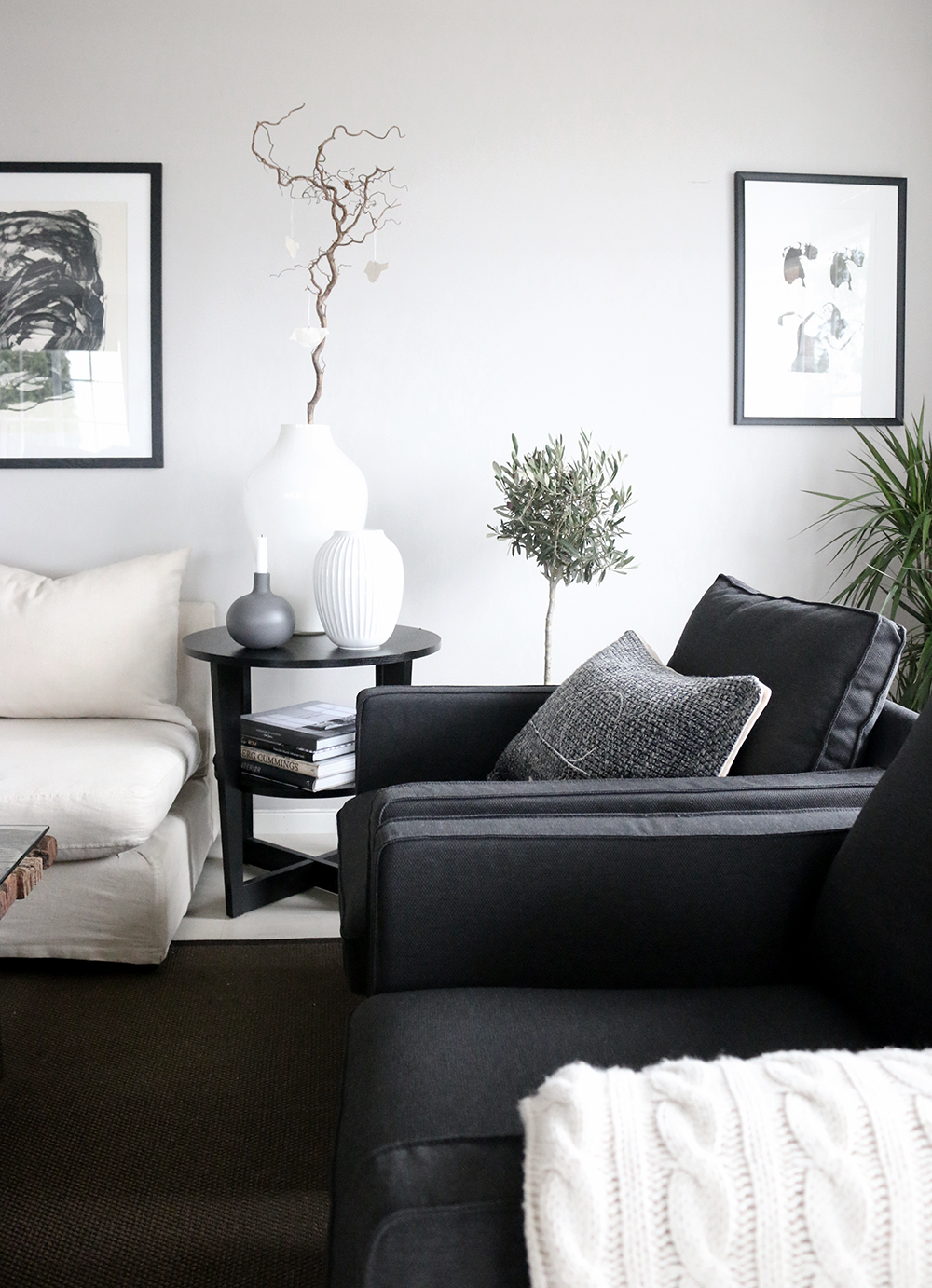 Livingroom-black-white-grey-Anette-Willemine-Solheim-8