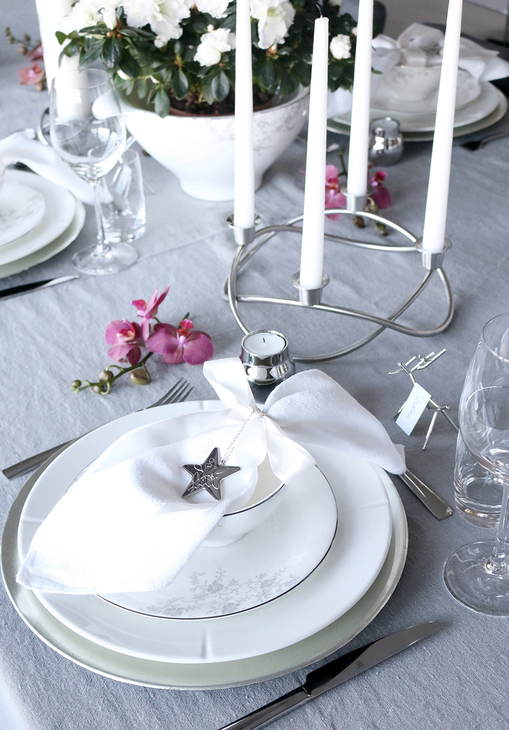 Tilbords Table setting Advent grey hvite purple 16